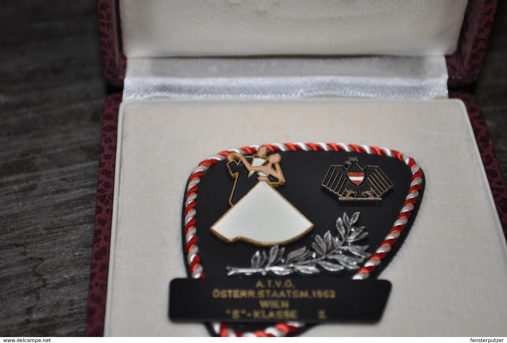 """1 Tanz-Medaille A.T.V.Ö. Österr.Staatsm. 1962 Wien """"S""""-Klasse In Schatulle - Autriche"""