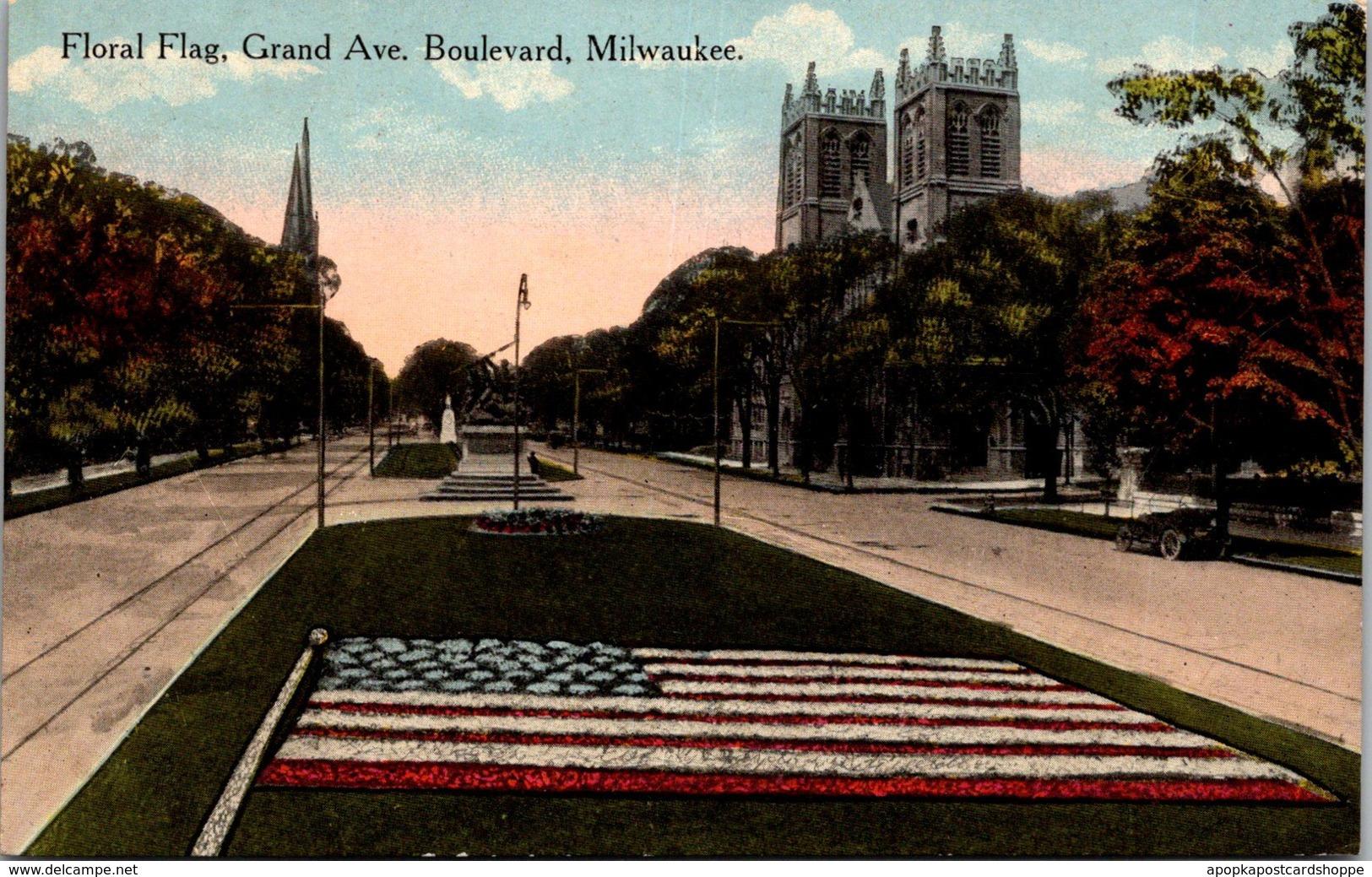 Wisconsin Milwaukee Floral Flag Grand Avenue Boulevard