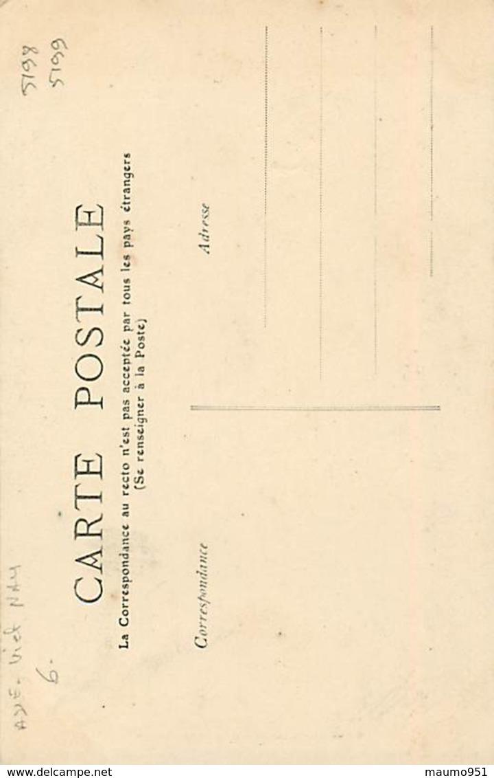 ASIE -  UNE CHINOISE AUX PETITS PIEDS - Cartes Postales
