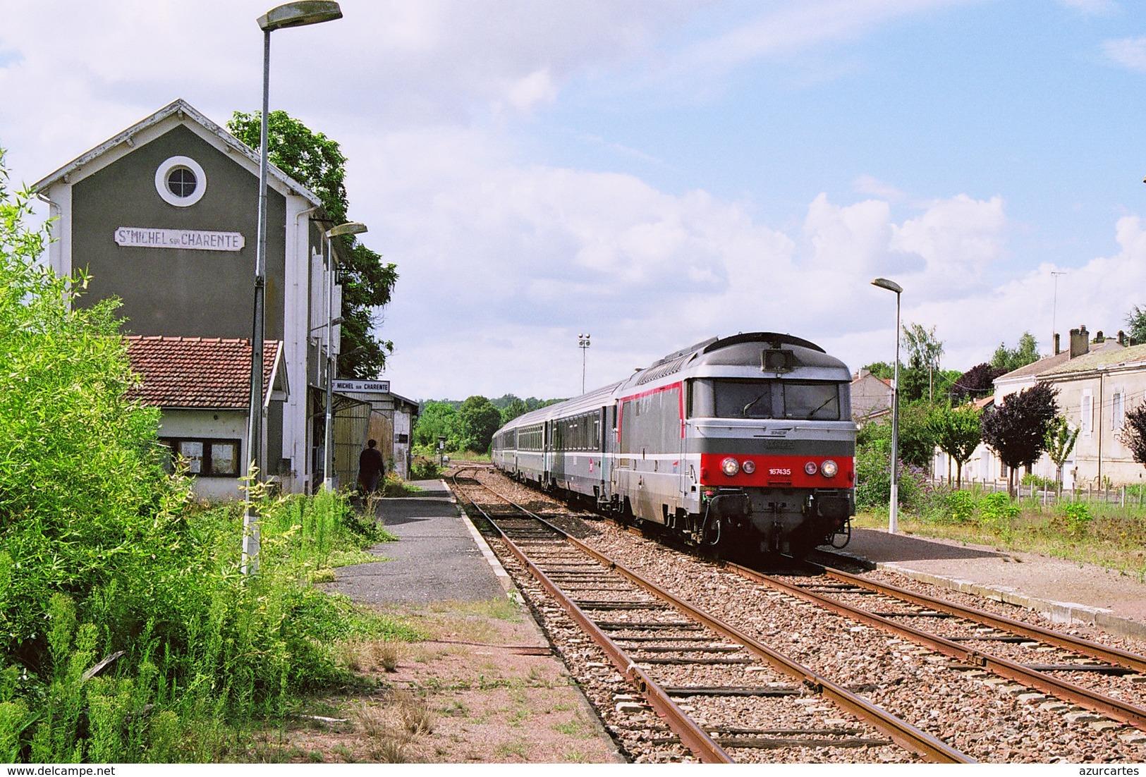 St. Michel De Charente (16) 26 Août 2006 - La BB 67435 En Tête D'une Rame Corail Royan/Paris Austerlitz - Autres Communes