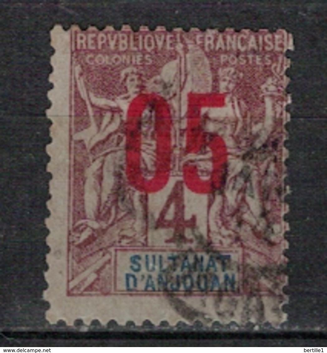 ANJOUAN          N°  YVERT      21   OBLITERE       ( O   2/55 ) - Anjouan (1892-1912)