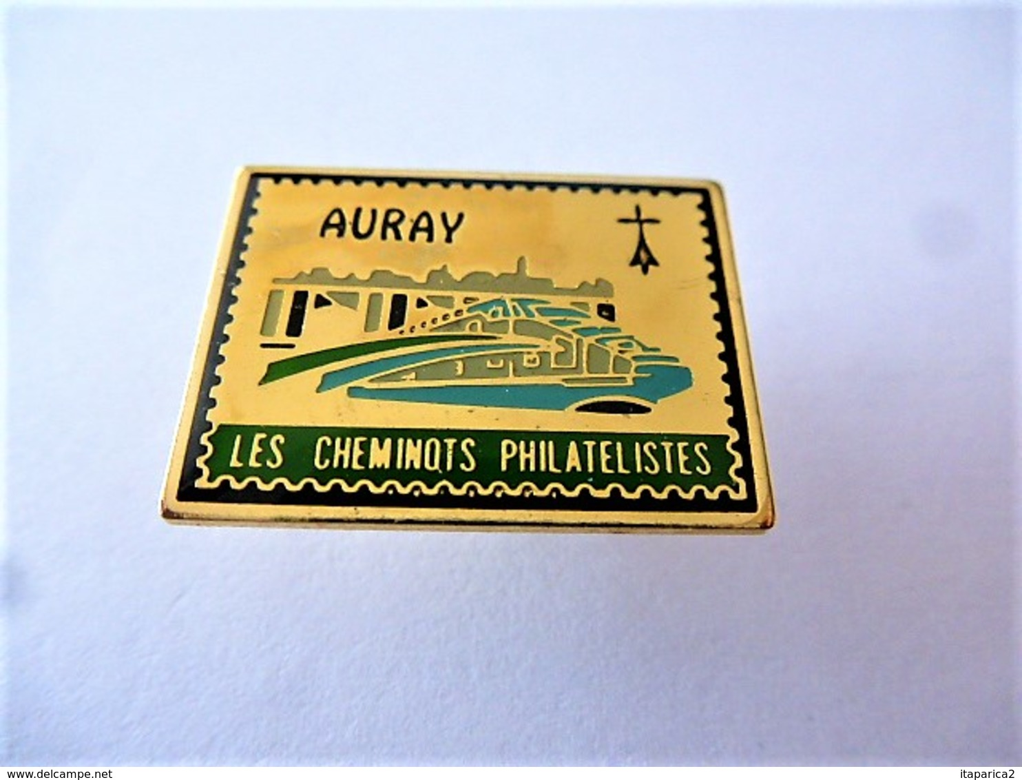 PINS LES CHEMINOTS PHILATELISTES AURAY 56 MORBIHAN  / 33NAT - TGV