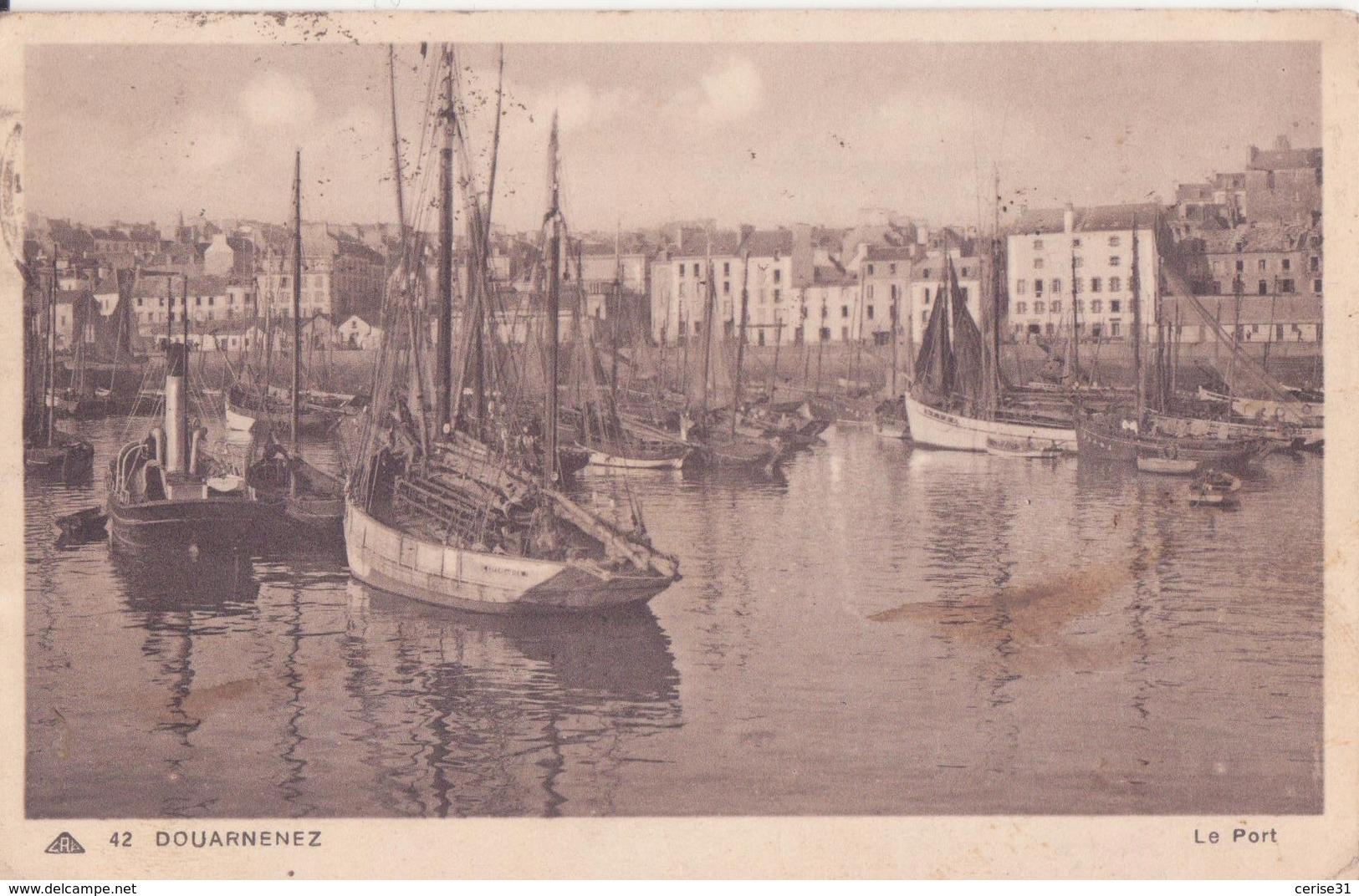 CPA - 42. DOUARNENEZ - Le Port - Douarnenez