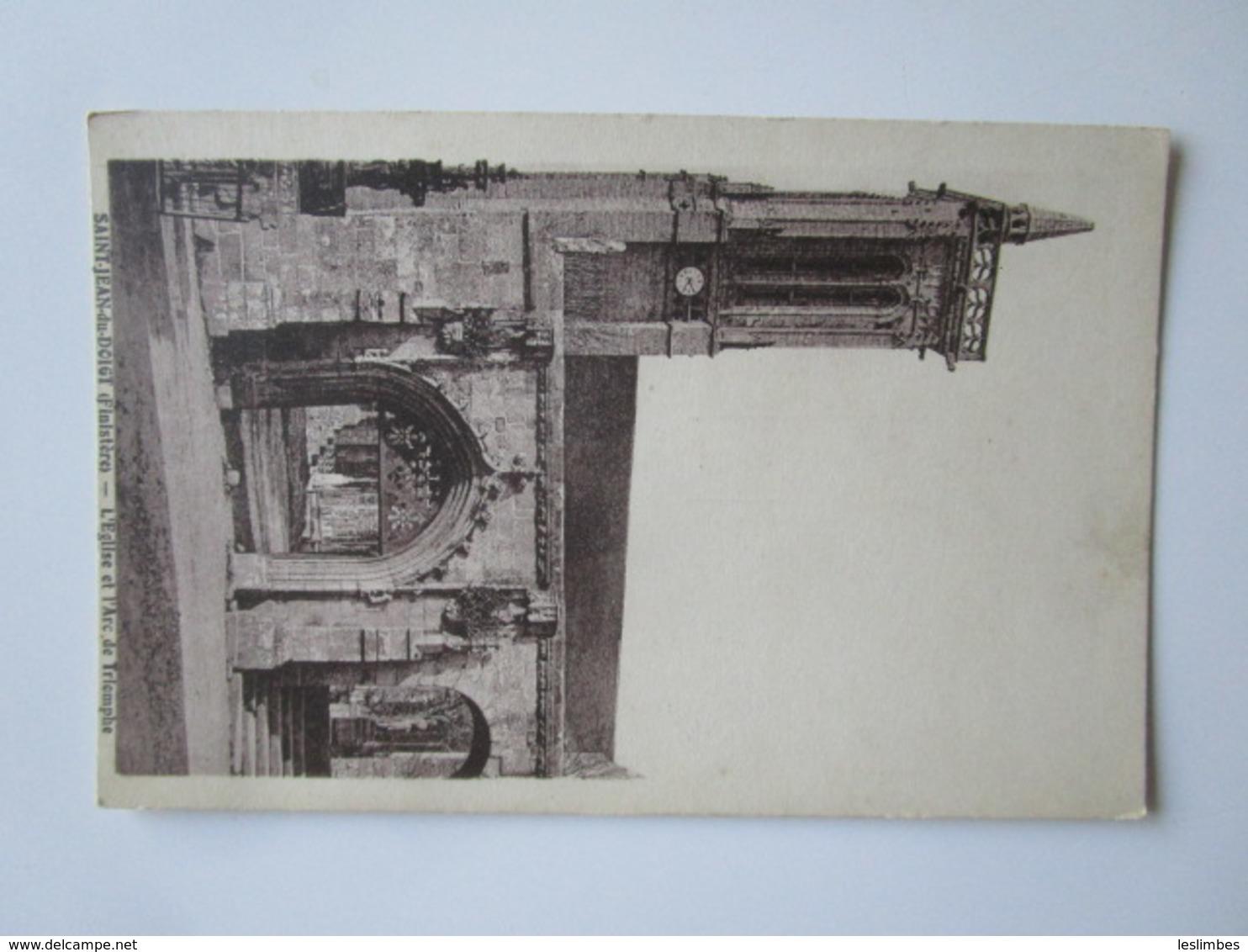 Saint Jean Du Doigt. L'Eglise Et L'Arc De Triomphe. Nedelec - Saint-Jean-du-Doigt