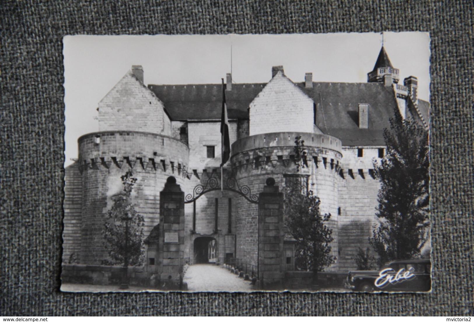 NANTES - Entrée Du Château - Nantes