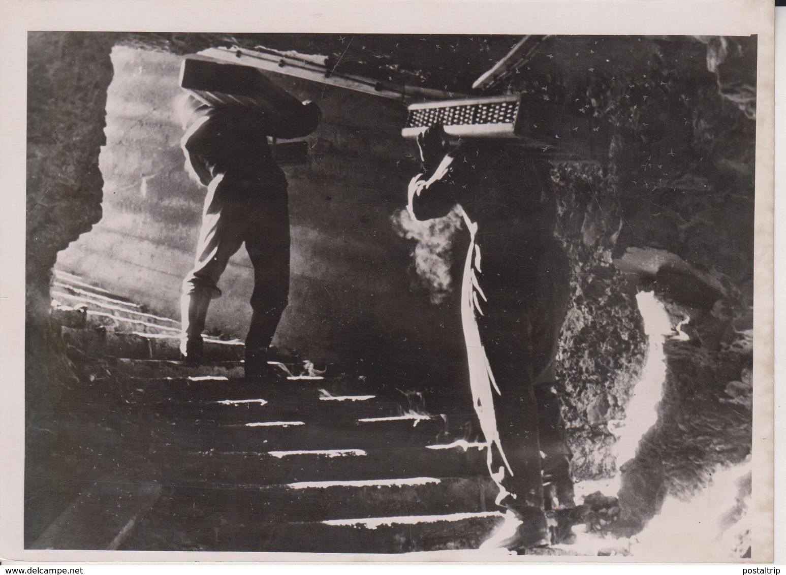 FLAK MUNITIONSBUNKER NORWEGEN  NORWAY FOTO DE PRESSE WW2 WWII WORLD WAR 2 WELTKRIEG Aleman Deutchland - Guerra, Militares