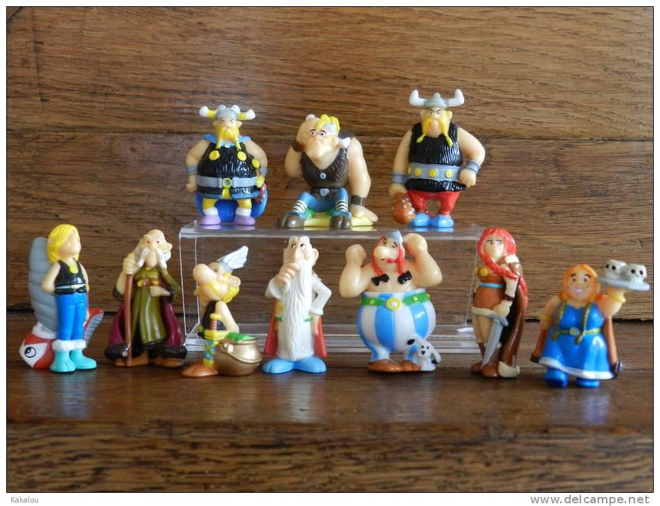 SERIE COMPLETE ASTERIX KINDER 2005 Les Vikings - Asterix & Obelix