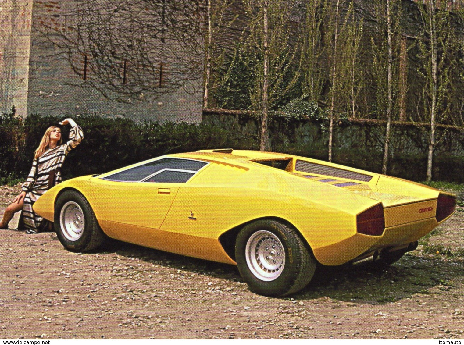 Lamborghini Countach LP500     -  1971 -  CPM - Voitures De Tourisme