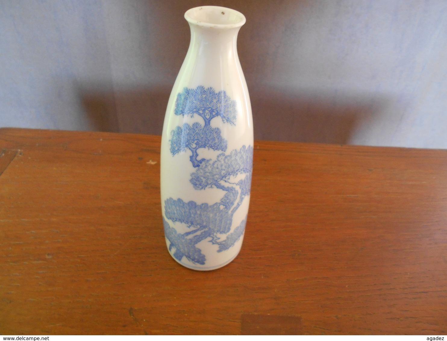 Ancien Vase Japonais Céramique Japon Japan Tres Bon état Hauteur 19 Cm - Art Asiatique
