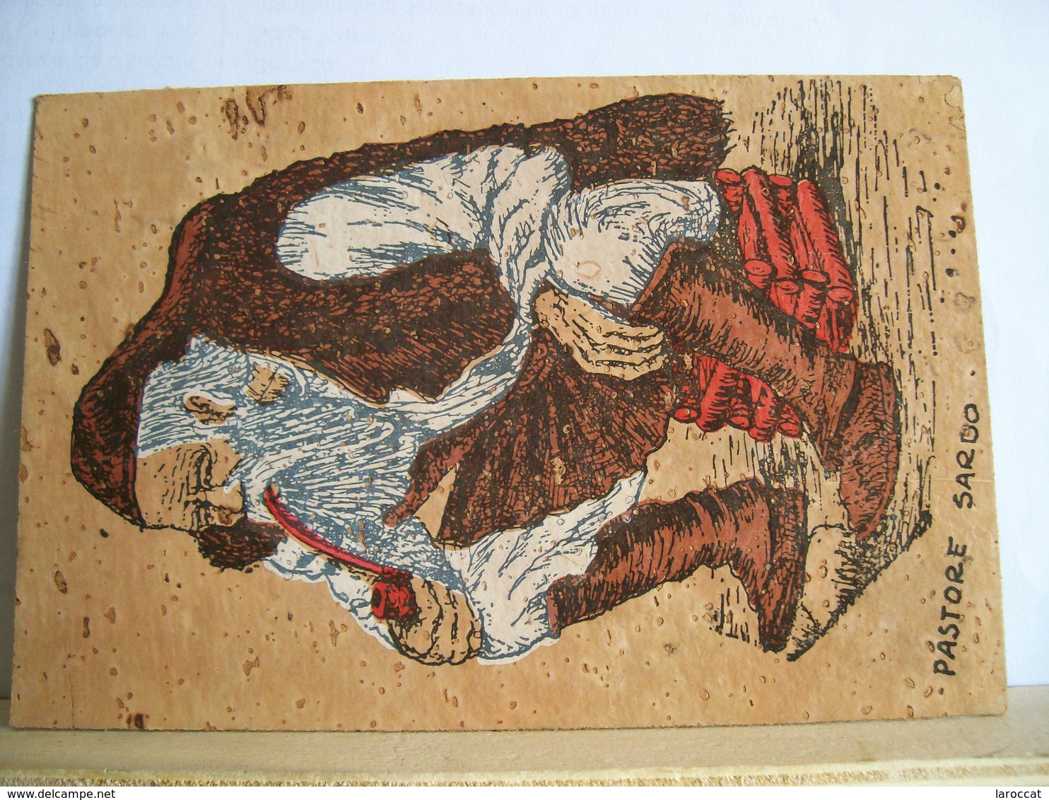 1980 - Olbia - Cartolina  Artistica Di Sughero - Pastore Sardo (Fausto Tamponi) Calangianus - Folklore Costume - Cartoline