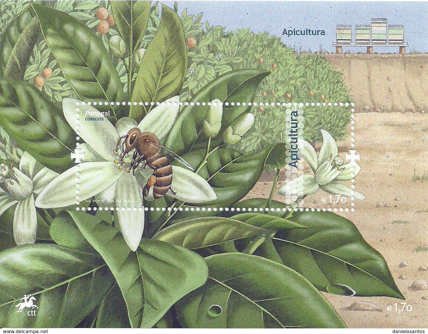 Portugal 2013 Apiculture Bees Honeycomb Souvenir Sheet MNH - Factories & Industries