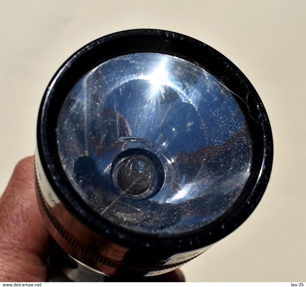 Lampe D'occasion Mag-lite - 25 Cm De Longueur - Other Collections