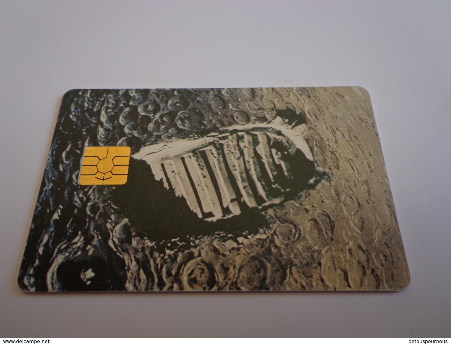 TELECARTE A PUCE A VOIR YOUR PASSPORT TO THE DIGITAL AGE TRACES D'USAGE - Schede Telefoniche