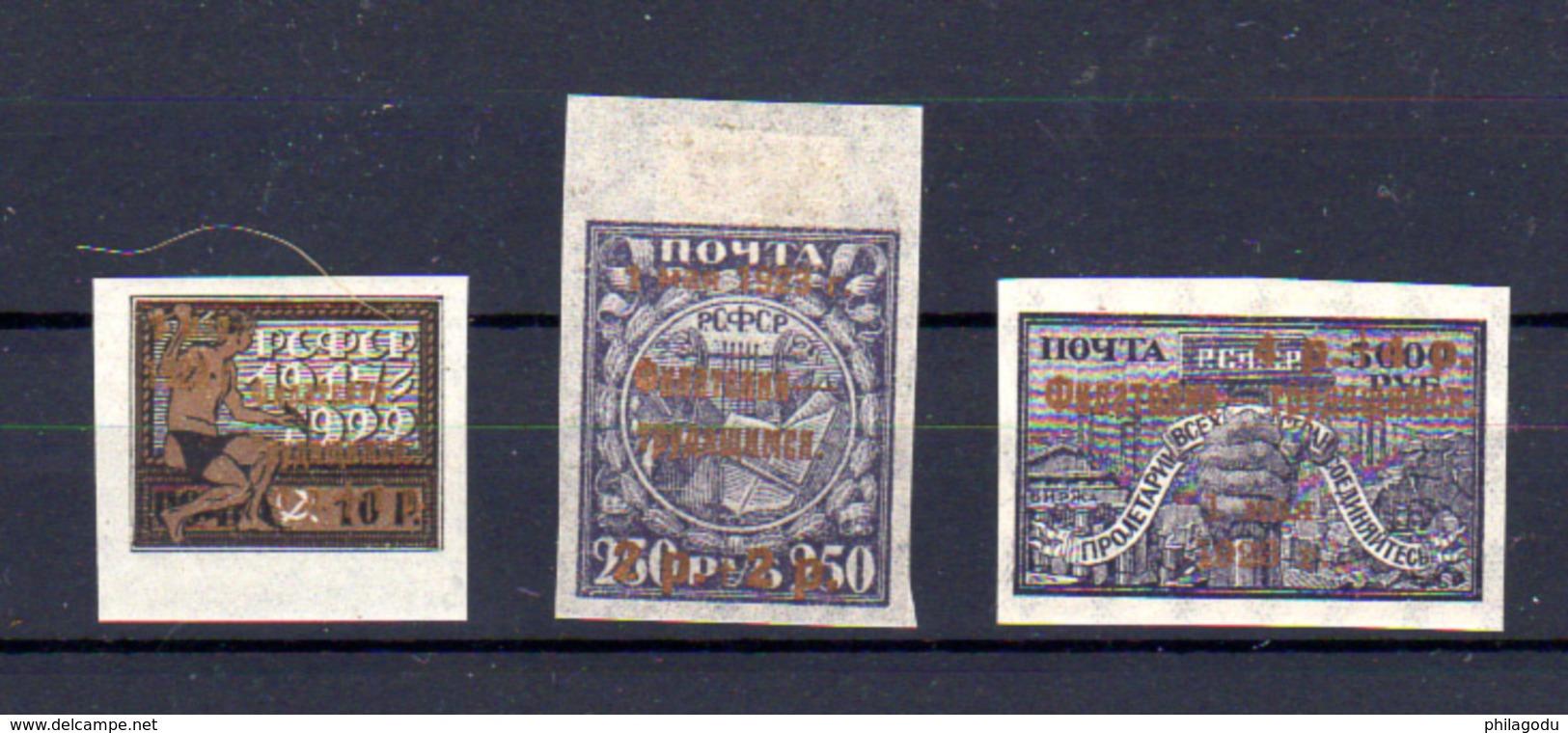 1922-23   Russie,timbre Surcharge Renversée, 196a*, Cote 50 €, - Unused Stamps