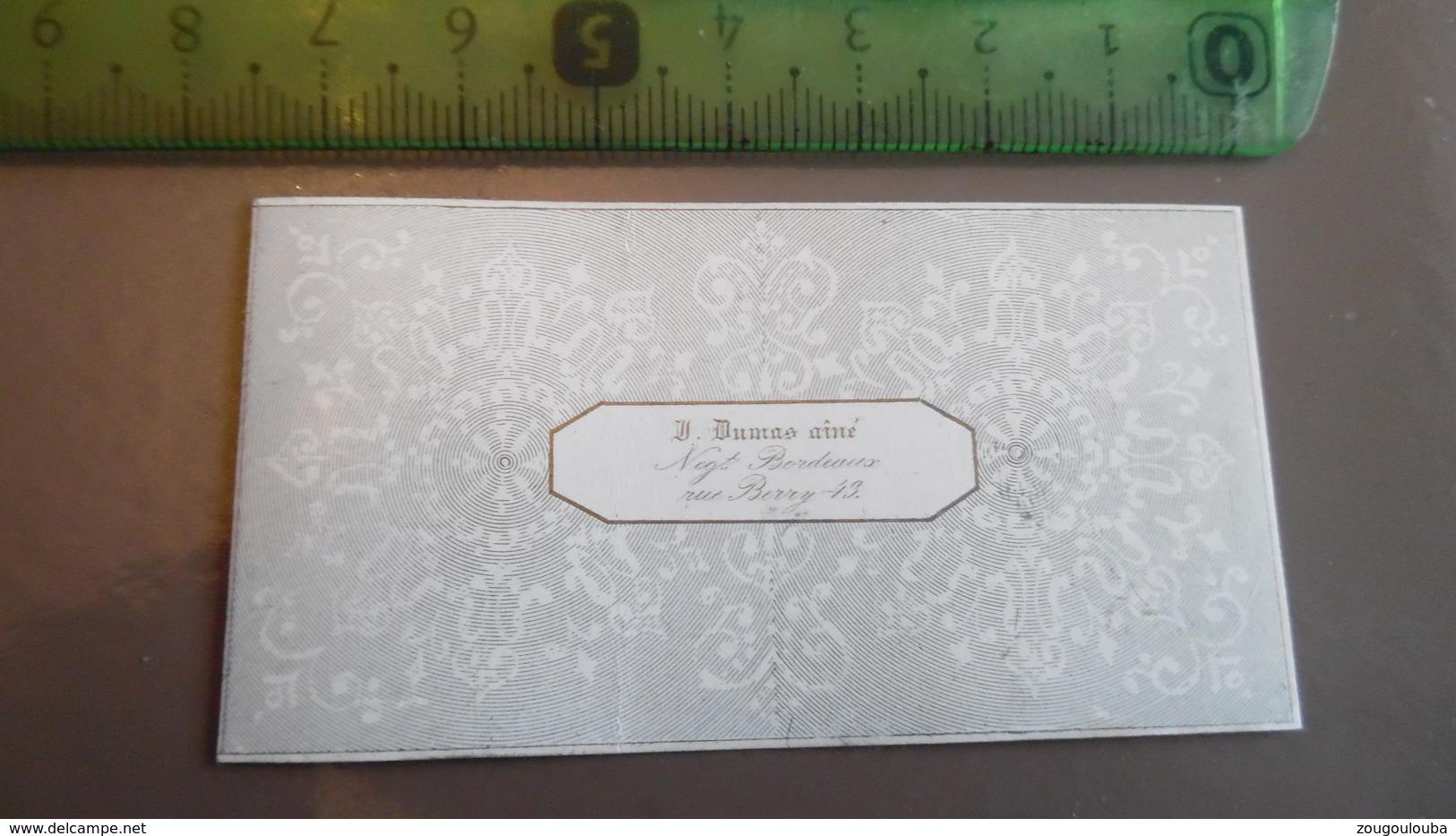 Carte Porcelaine De Visite Monsieur DUMAS Négociant En Vin 43 Rue Berry à Bordeaux - Cartes De Visite