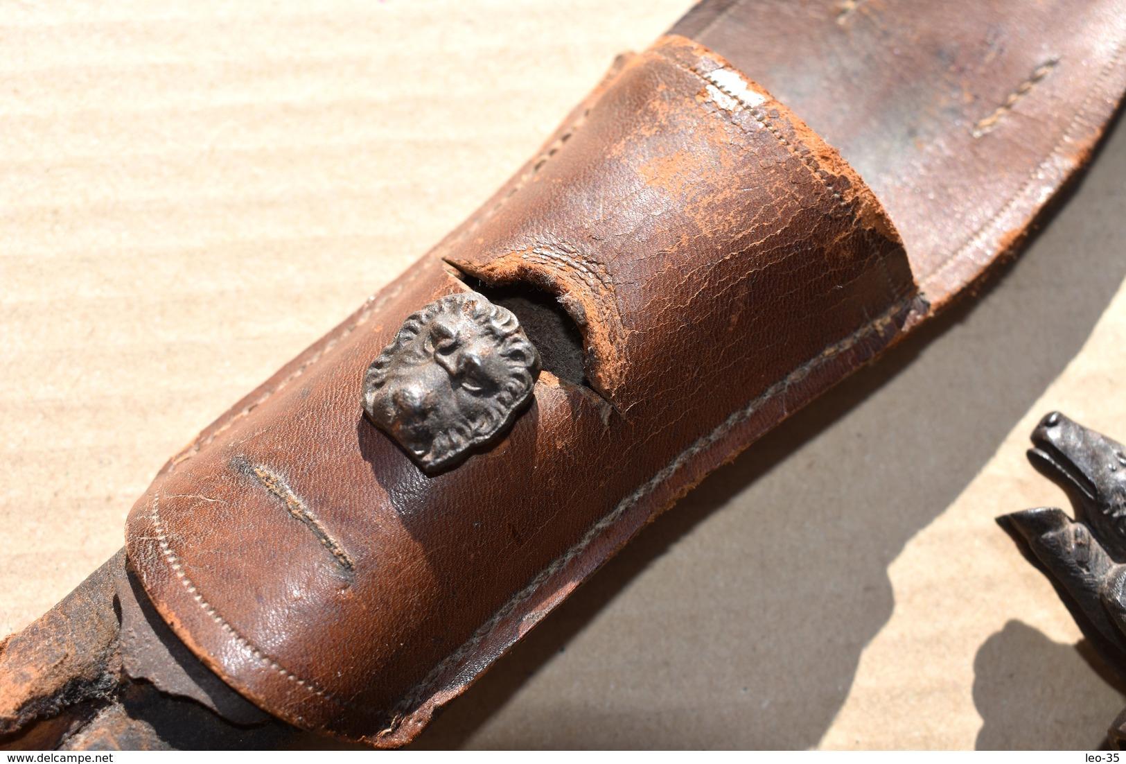 Ancienne Dague De Chasse Garde à Tête De Sanglier Et De Chien Manche En Corne – Vers 1850 - Knives/Swords