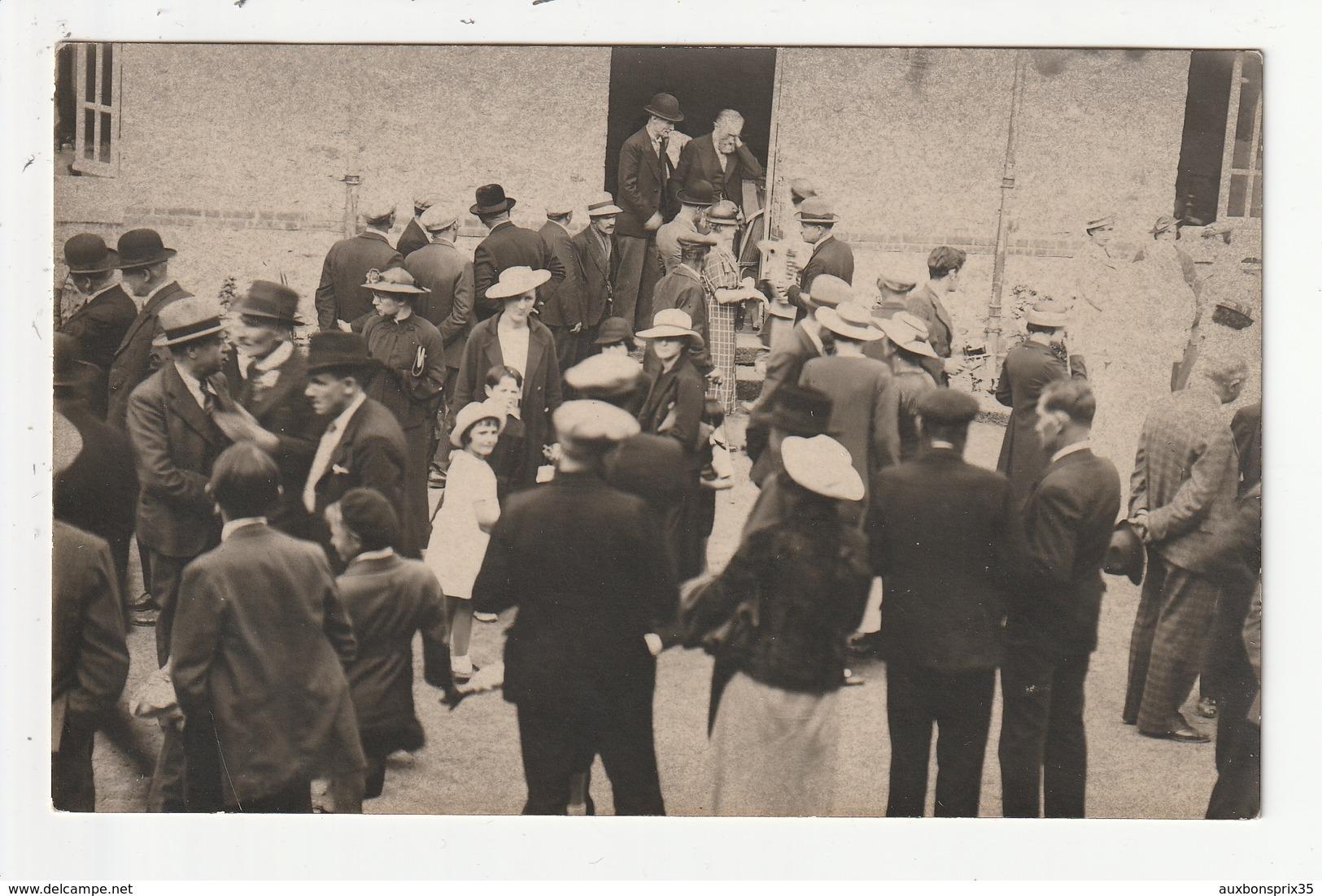 CARTE PHOTO - ANTRAIN - INAUGURATION D'UN PAVILLON DE L'HOPITAL,LE MAIRE DOCTEUR COUPEL A LA PORTE, 1936 - 35 - France