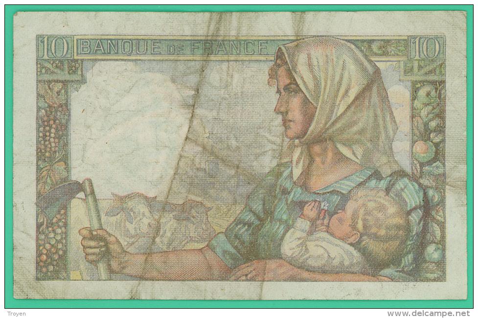 France -  10 Francs -   Mineur - N°.V.110 / 24497 - D.26=9=1946.D -  TB - 1871-1952 Anciens Francs Circulés Au XXème