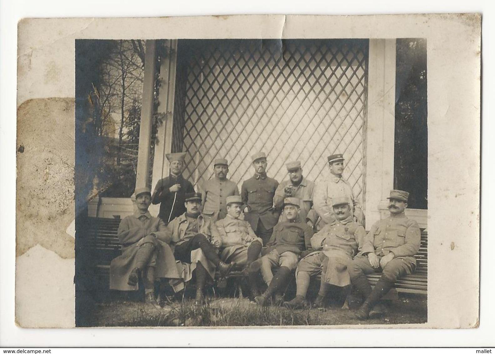 Photo De 1916 - Soldats à Fontainebleau - Guerre, Militaire