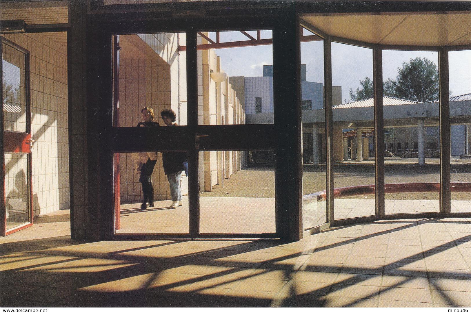 """SIX FOURS : LE NOUVEAU LYCEE PRO. """" LA COUDOULIERE """" T.RARE. 1987. N.CIRCULEE. ETAT PARFAIT.PETIT PRIX. - Six-Fours-les-Plages"""