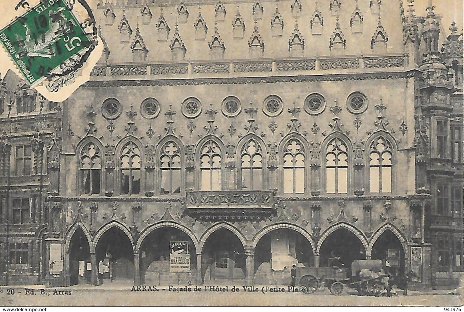 62  ARRAS FACADE DE LHOTEL DE VILLE PETITE PLACE - Arras