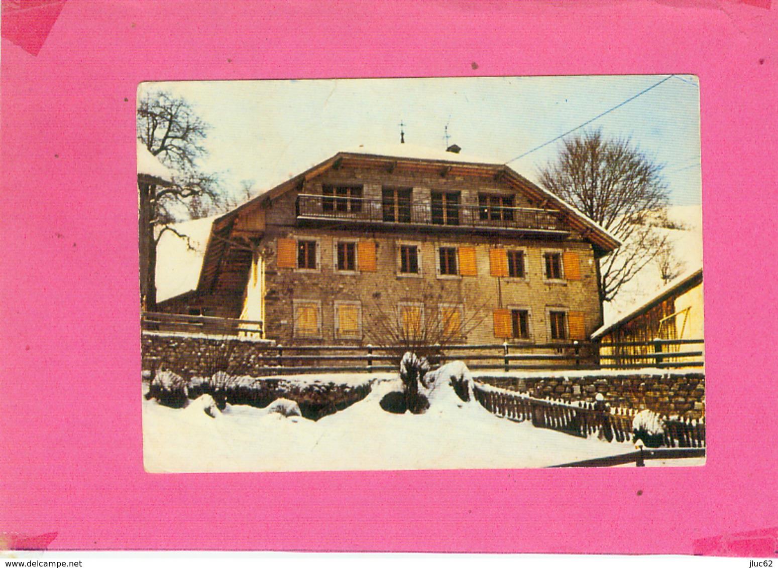 CP.  74.  BERNEX.  CHALET  U.N.C.M.T.  Petite Déchirure Haut - France