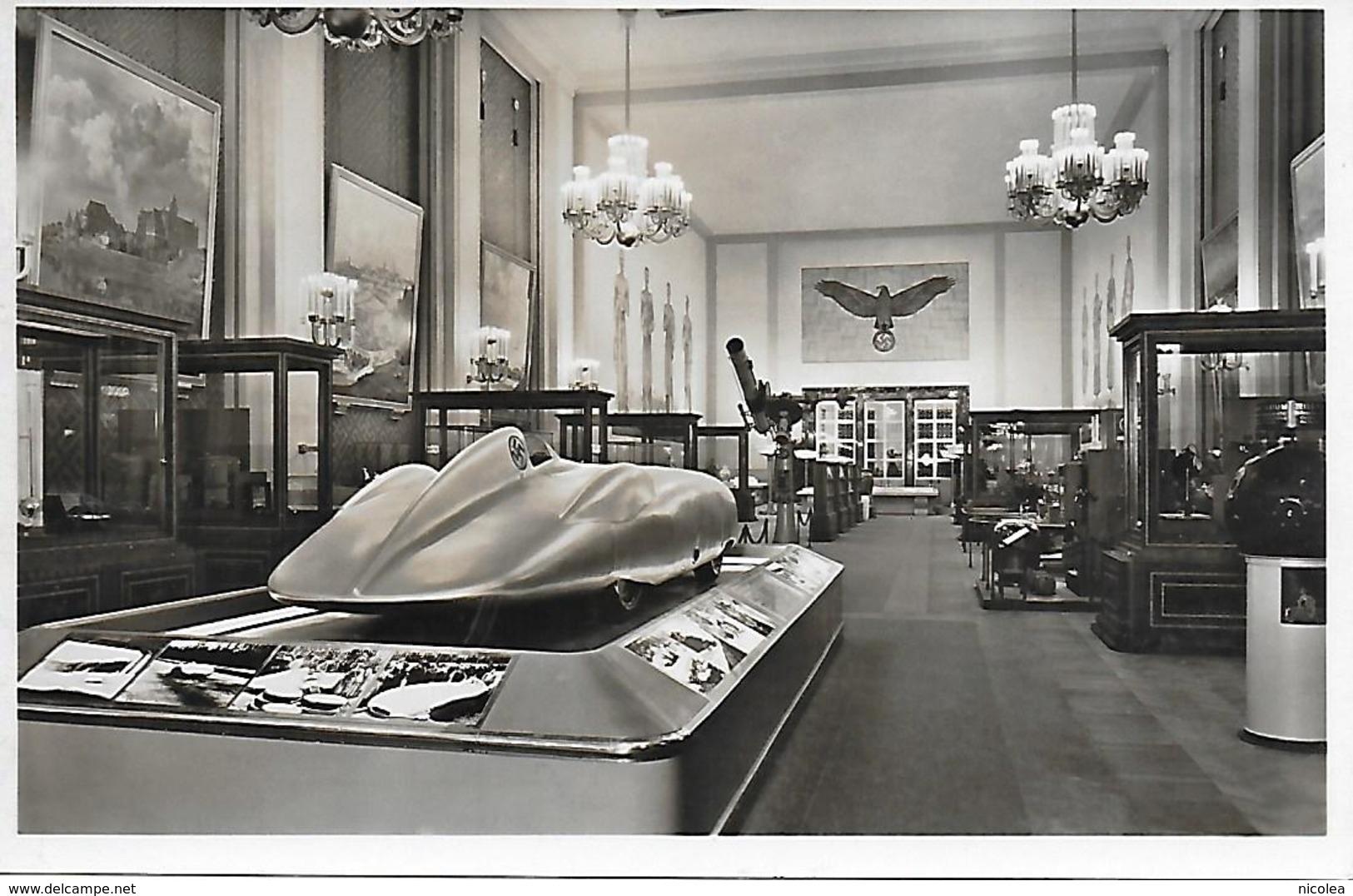 Mercedes Benz Voiture De Course 1936 Carte Photo Exposition Internationale Paris 1937 Le Pavillon Allemand  Symbole ! - Autres