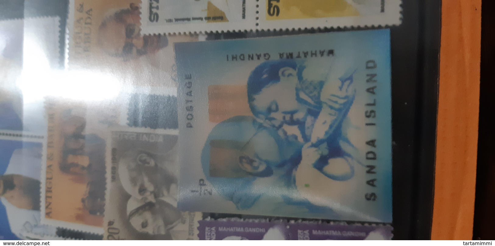 A Little Selection Of Ghandi Stamps With Ologram Unusual - Mahatma Gandhi