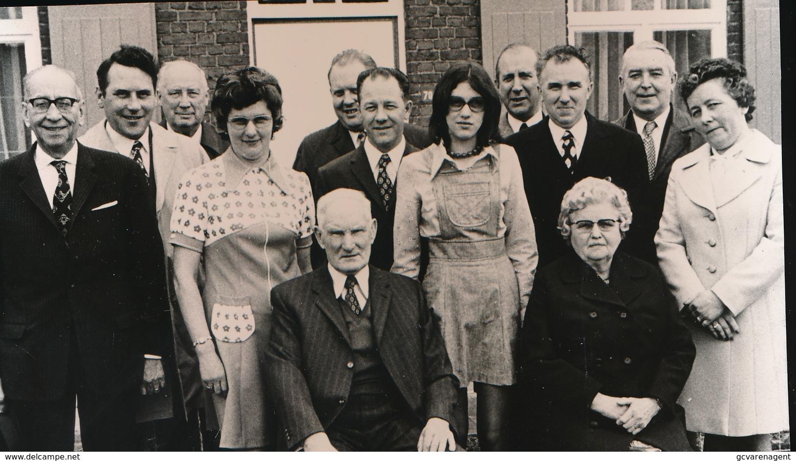 MOERBEKE WAAS    FOTO 1973  15 X 9 CM  -  GOUDEN BRUILOFT   MARCHAND - Moerbeke-Waas