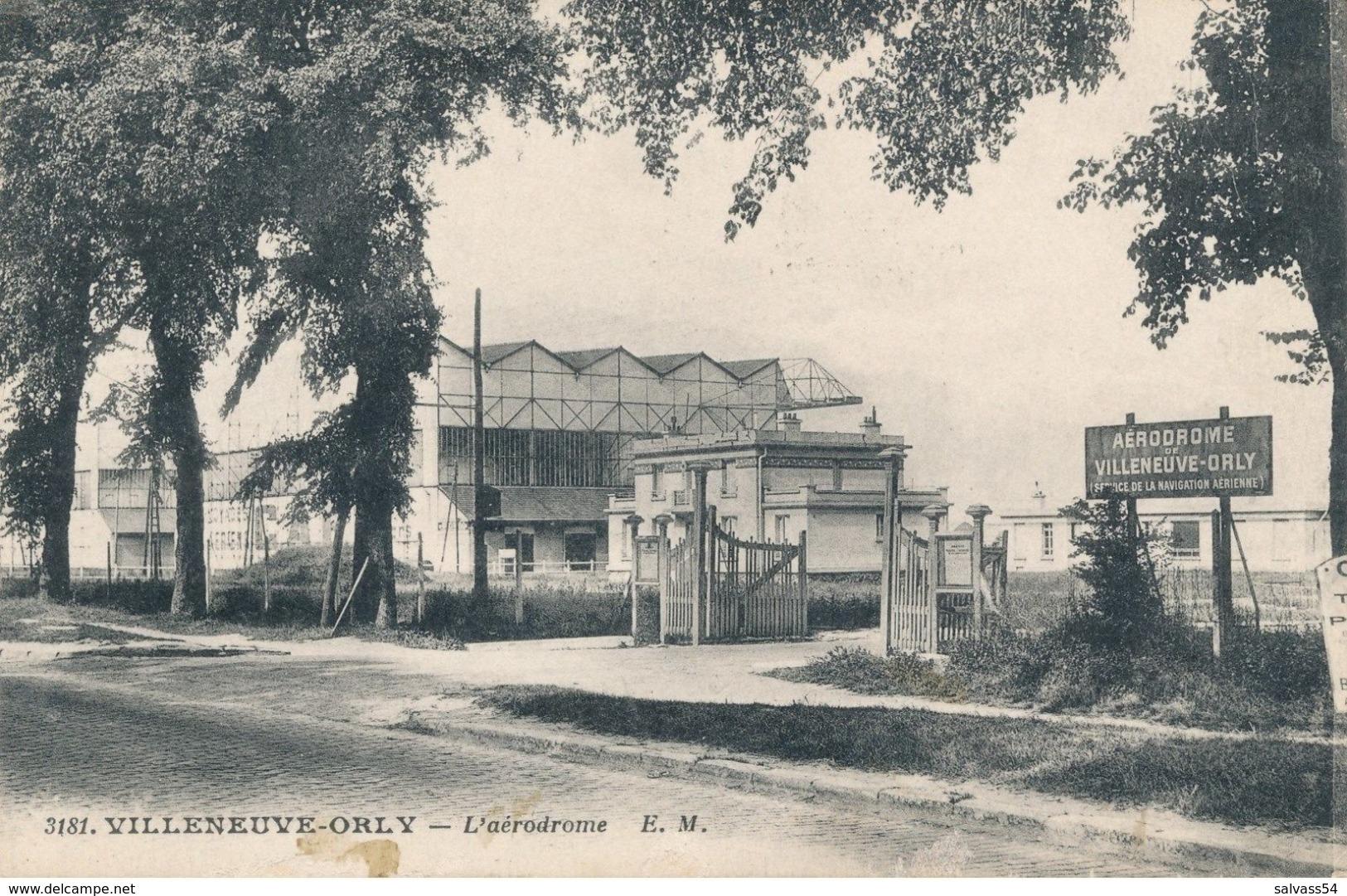 94) VILLENEUVE-ORLY : L'aérodrome - Entrée (1931) - Aérodromes