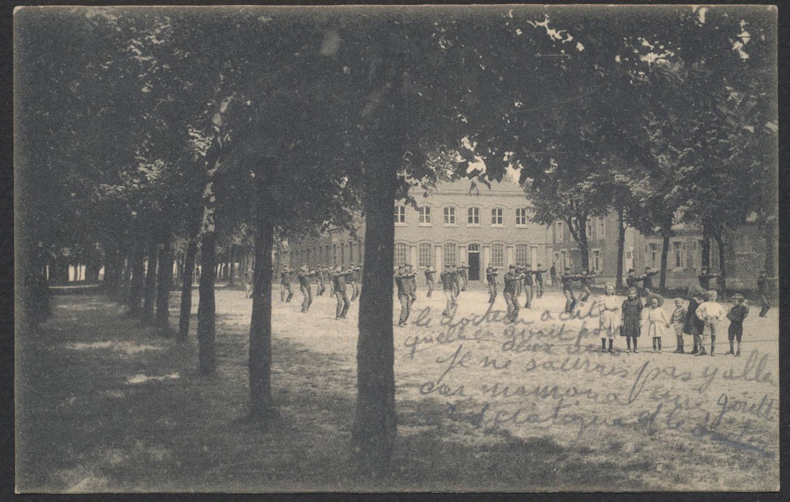 Carte Postale - Philippeville : La Pleine D'exercice. / Voyagée - Philippeville