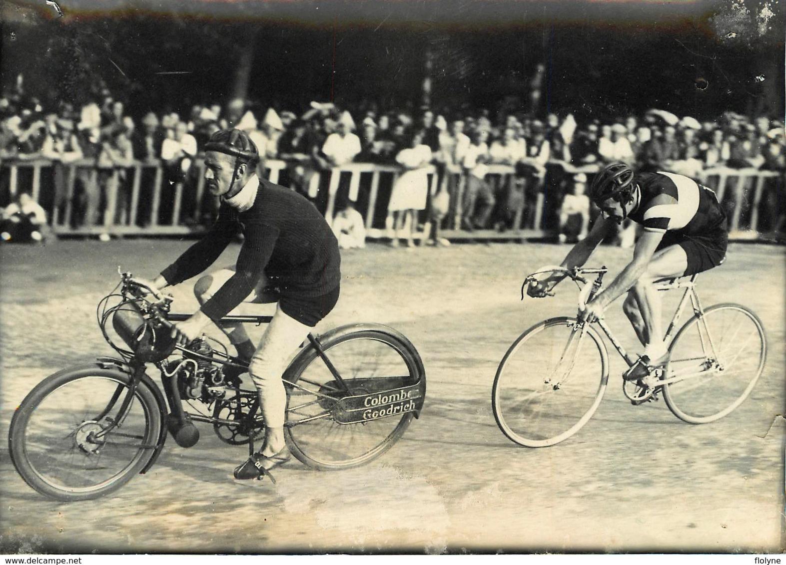 """Course Cycliste """" Circuit De Longchamp 1946 """" - Emile Idée Prend Revanche Sur Fausto Coppi - Cyclisme Vélo - Moto Motos - Cyclisme"""