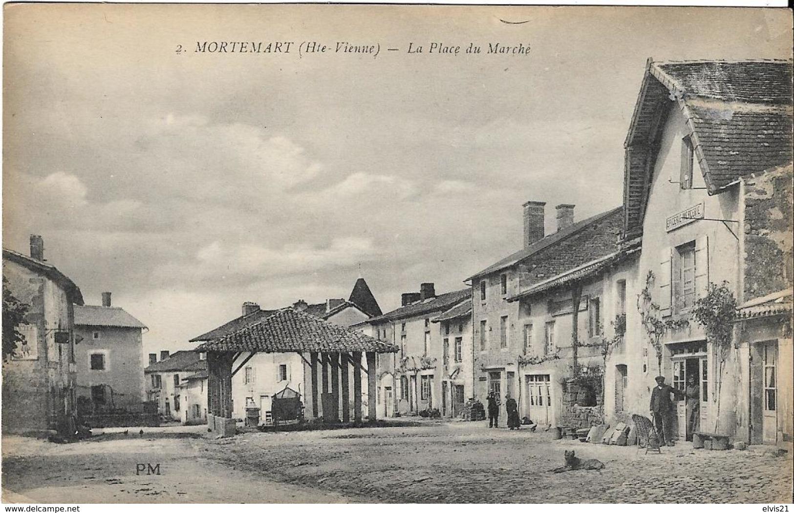 MORTEMART La Place Du Marché - France