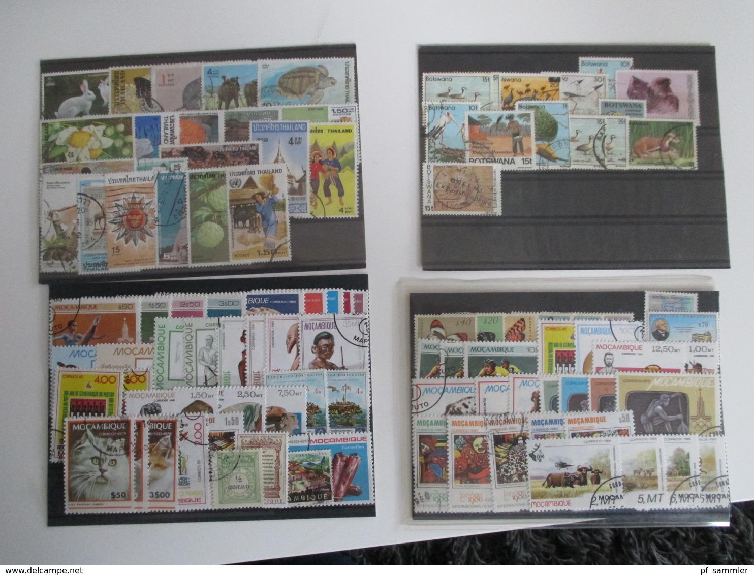 Steckkarten Posten 300 Stk.Europa - Übersee Viel GB / Frankreich Kolonien Mit Afrika Usw. Alt - Neu Mehr Als 3000 Marken - Sammlungen (im Alben)
