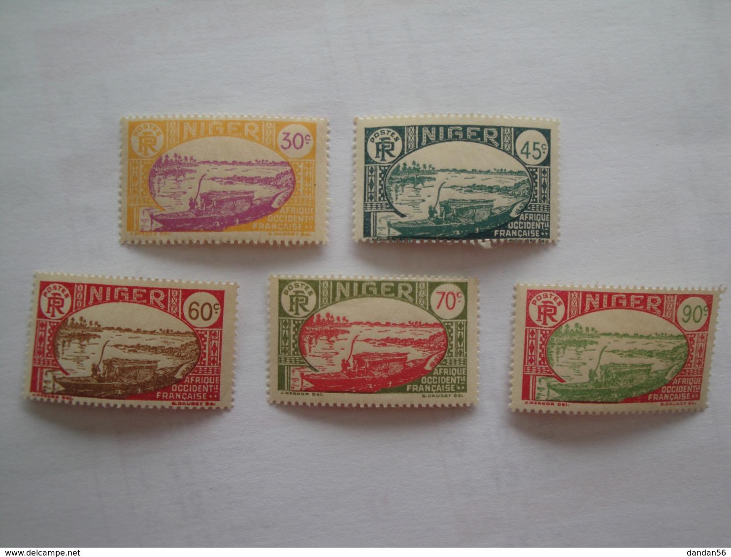 1939/40 Niger Yv 75/9 ** MNH  Bateaux Ships Cote Yv 6.75 €   SG 40 - 45 - 48 - 50 - 54 - Niger (1921-1944)