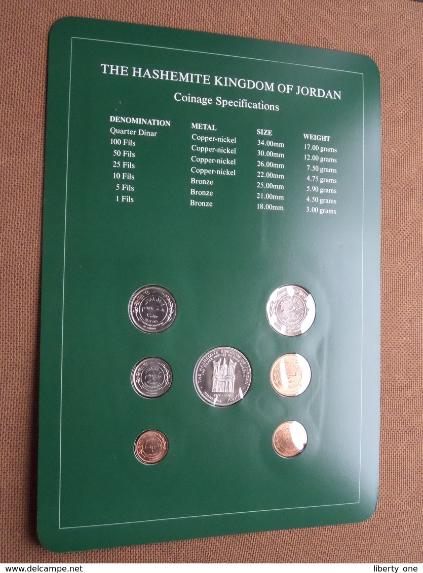 THE HASHEMITE KINGDOM OF JORDAN ( From The Serie Coin Sets Of All Nations ) Card 20,5 X 29,5 Cm. ) + Stamp '87 ! - Joegoslavië