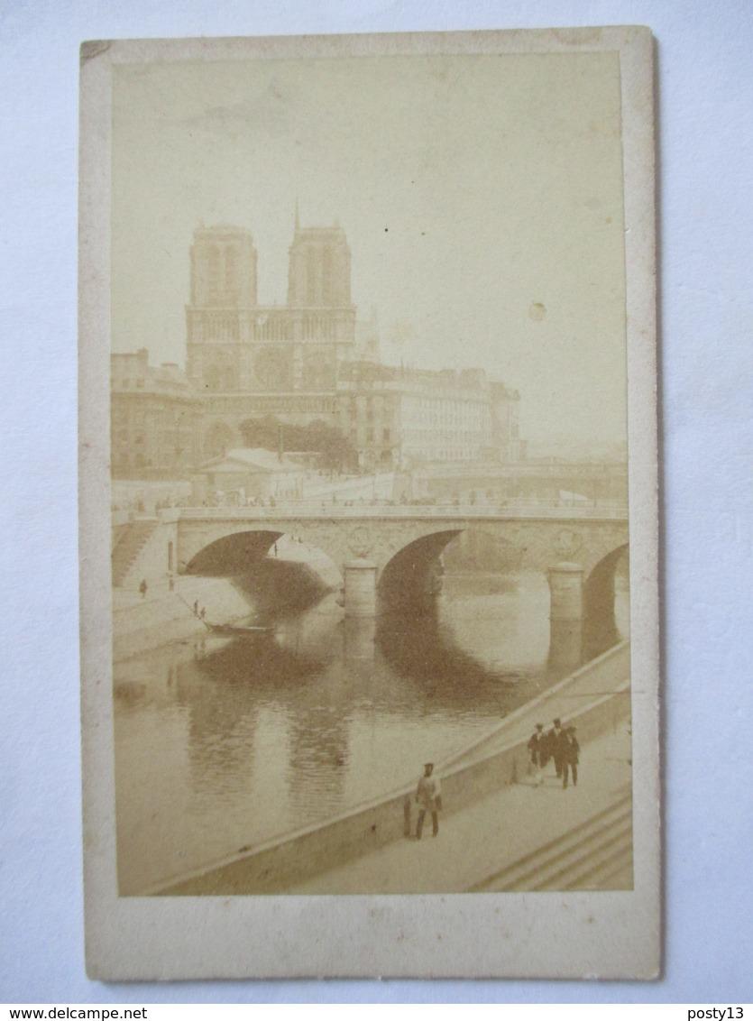 PARIS - Photographie Ancienne CDV Albumen - Notre-Dame Vue Du Quai Saint-Augustin - BE - Photos