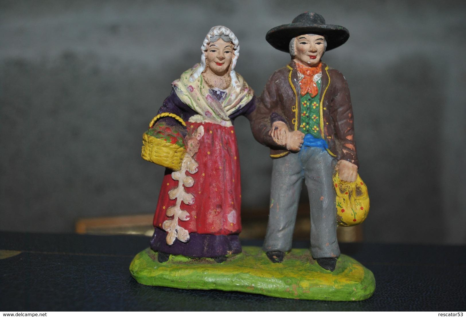 Rare Couple  Santon Ancien De Marque Carbonel - Santons
