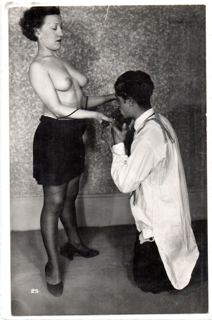 Nus Feminins Carte Grivoise Et Coquine - Beauté Féminine D'autrefois (1941-1960)