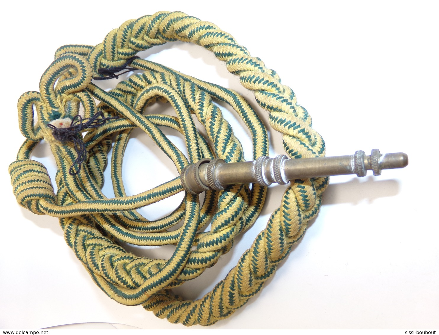 FOURRAGERE (Jaune Rayée Vert) Médaille Militaire Sur T-O-E - Equipement