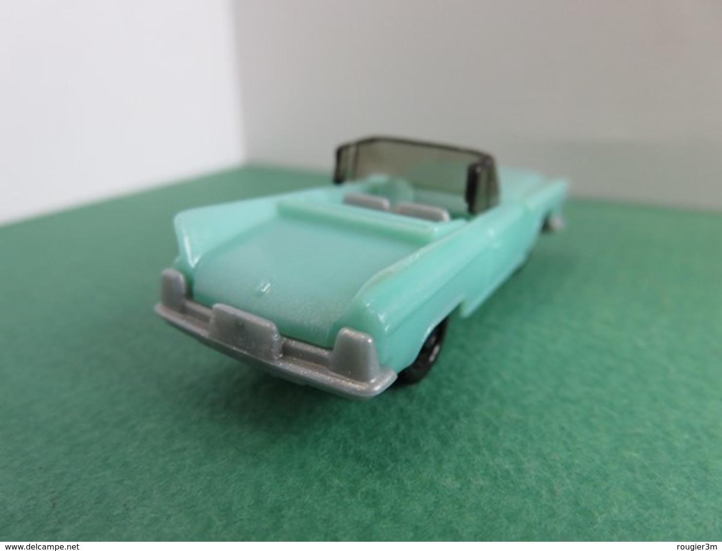 167 - Figurine - Miniature Voiture Américaine - Chevrolet Cabriolet - Kinder - Mountables