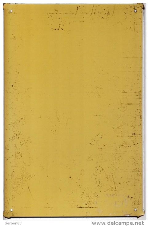 1 PLAQUE EN TOLE LITHOGRAPHIEE - LARG. 19,5cm HAUT. 29,5cm - LES DERNIERES CARTOUCHES - PAPIER A CIGARETTE GOMME OU NO - Plaques En Tôle (après 1960)