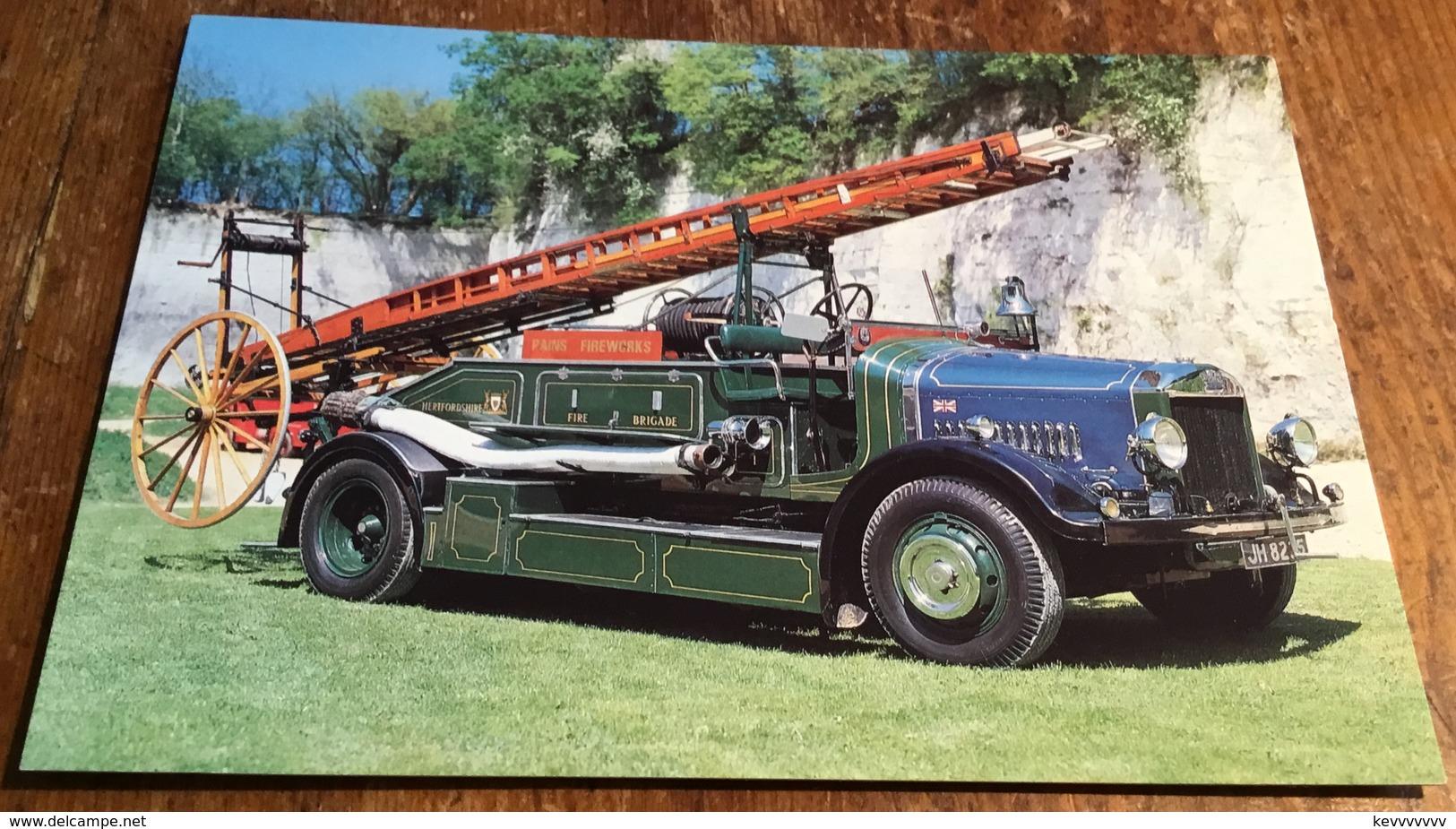 "Dennis ""Braidwood"" Big 4 Pump Escape ~ Supplied New In 1934 To Letchwood Garden City Fire Brigade - Postcards"