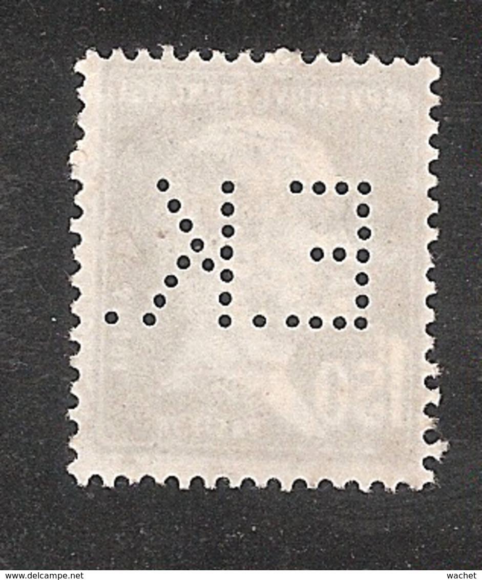 Perforé/perfin/lochung France No 181 E.K.  Eastmann Kodak - Perforés