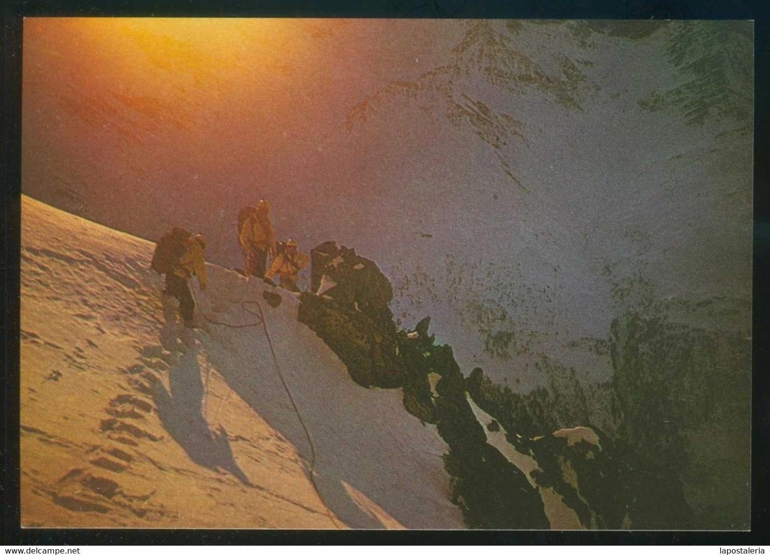 *All'alba Verso La Vetta* Ed. Italiana. Nueva. - Alpinisme