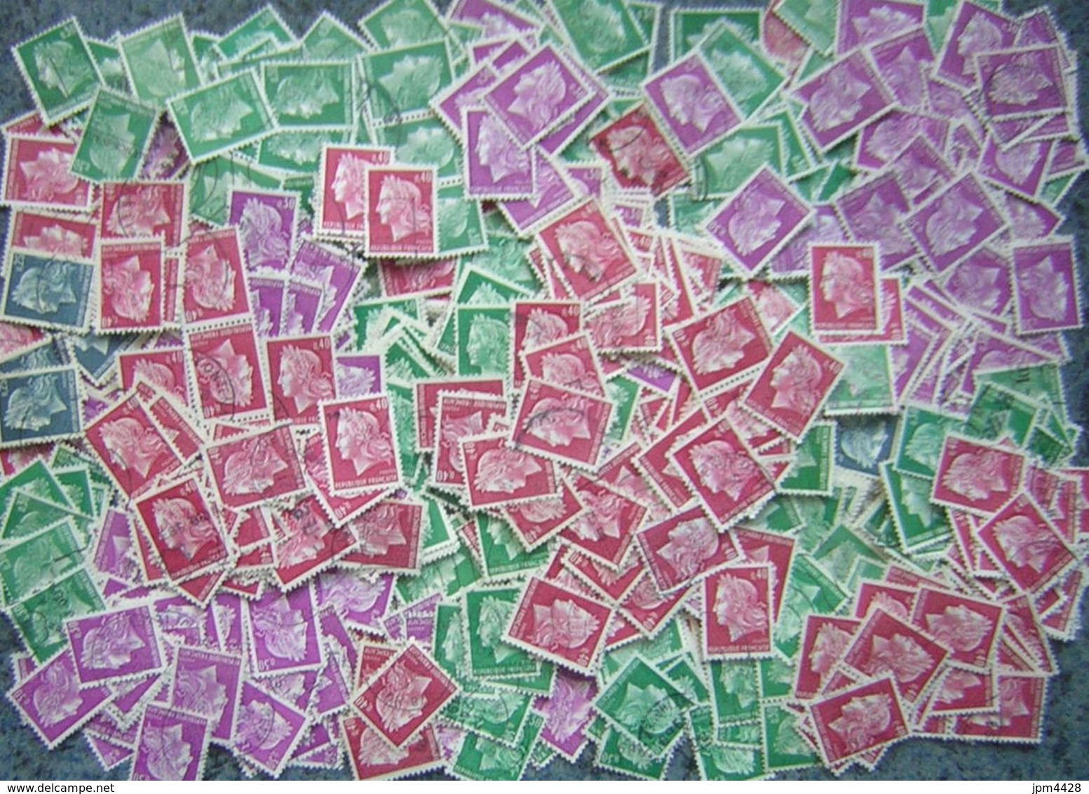 France Lot Vrac Marianne De Cheffer 1536, A Et B -  570 Plis, 40 Grs TP Lavé Et  Fragments  Pour étude - Quelques 1611 - Vrac (max 999 Timbres)
