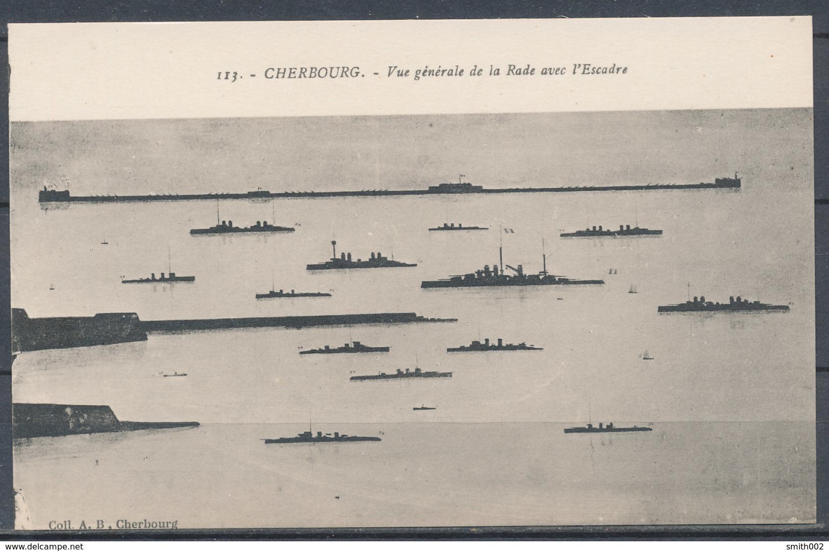 CPA [50] - CHERBOURG - Vue Générale De La Rade Avec L'Escadre - Cherbourg