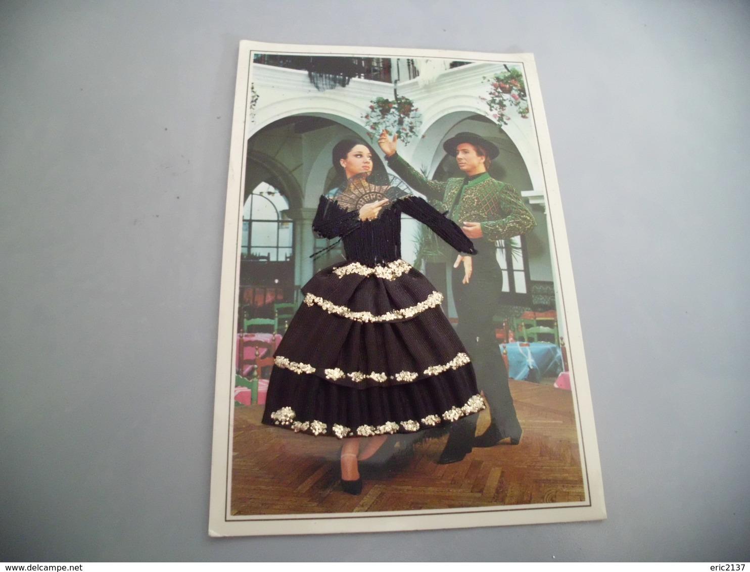 BELLE ILLUSTRATION ......CARTE BRODEE ....couple De Danseurs Espagnols - Brodées