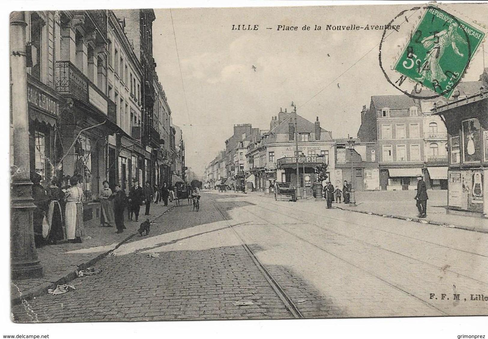 CPA NORD 59 LILLE Place De La Nouvelle Aventure  édition F.F.M  Quartier De Wazemmes -  Etat Très Moyen Voir Scans - Lille