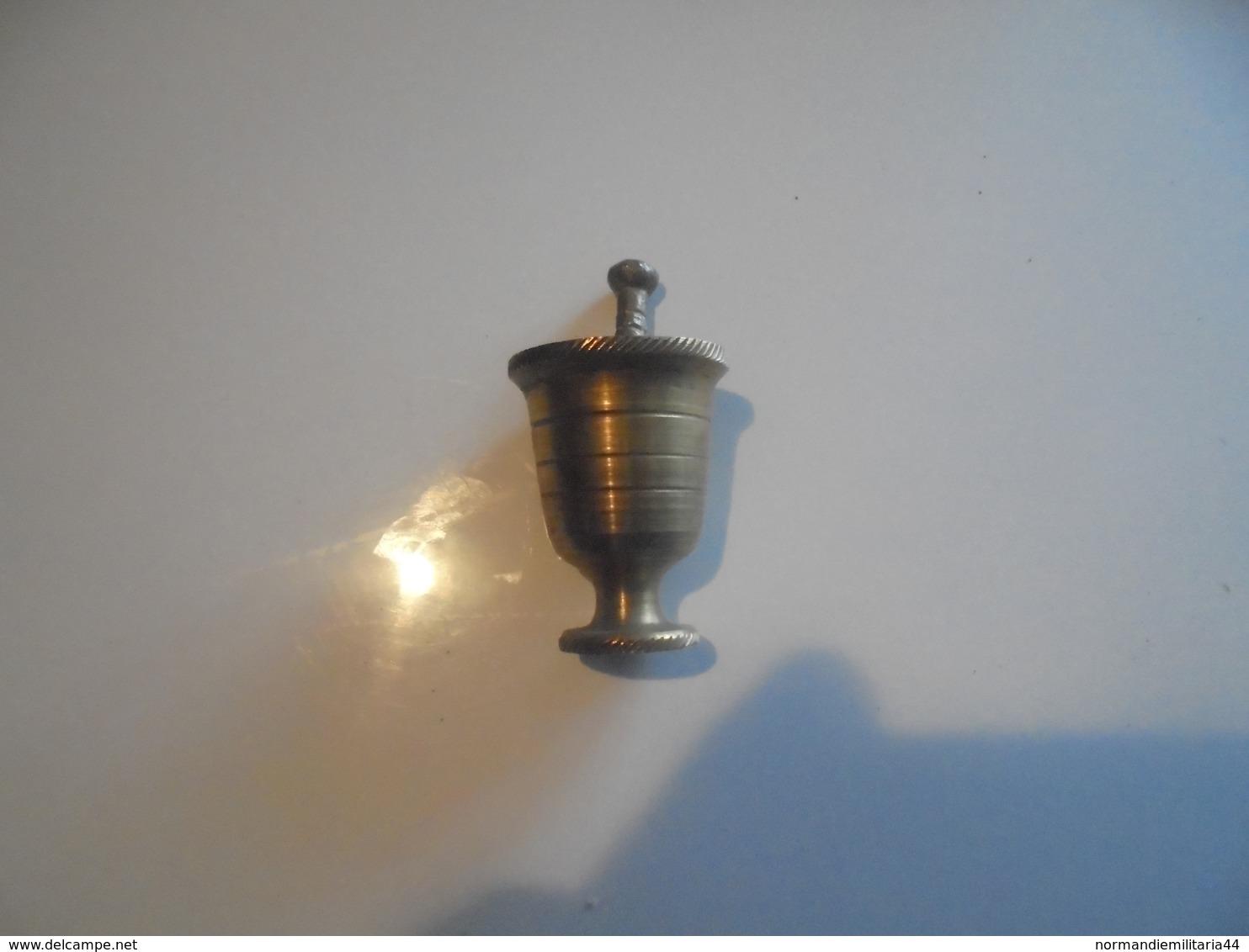 Miniature Mortier Et Pillon En Laiton - Rame